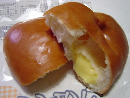 yamazaki-creampan4.jpg